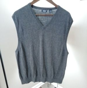 Men's grey IZOD sweater vest size xxl